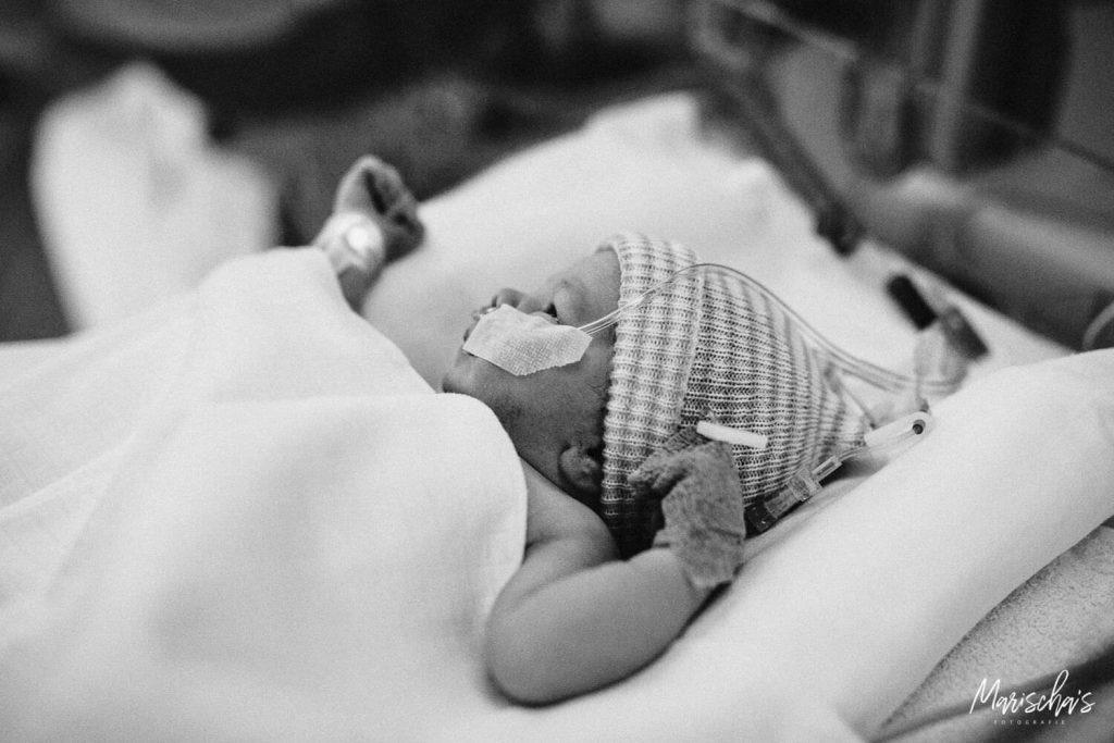 Geboortefotograaf voor een keizersnede van een vrouw dat gaat bevallen in het ziekenhuis UZ Leuven