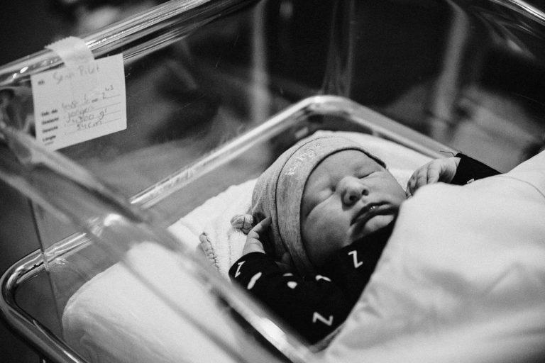 Geboortefotograaf om een geboorte te fotograferen in het Laurentinus ziekenhuis in Roermond