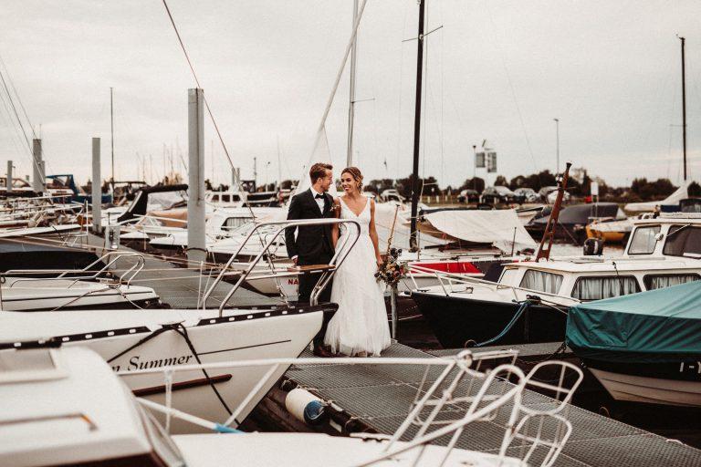 Bruidsfotograaf voor een bruidsreportage bij NU Nautilus in Roermond
