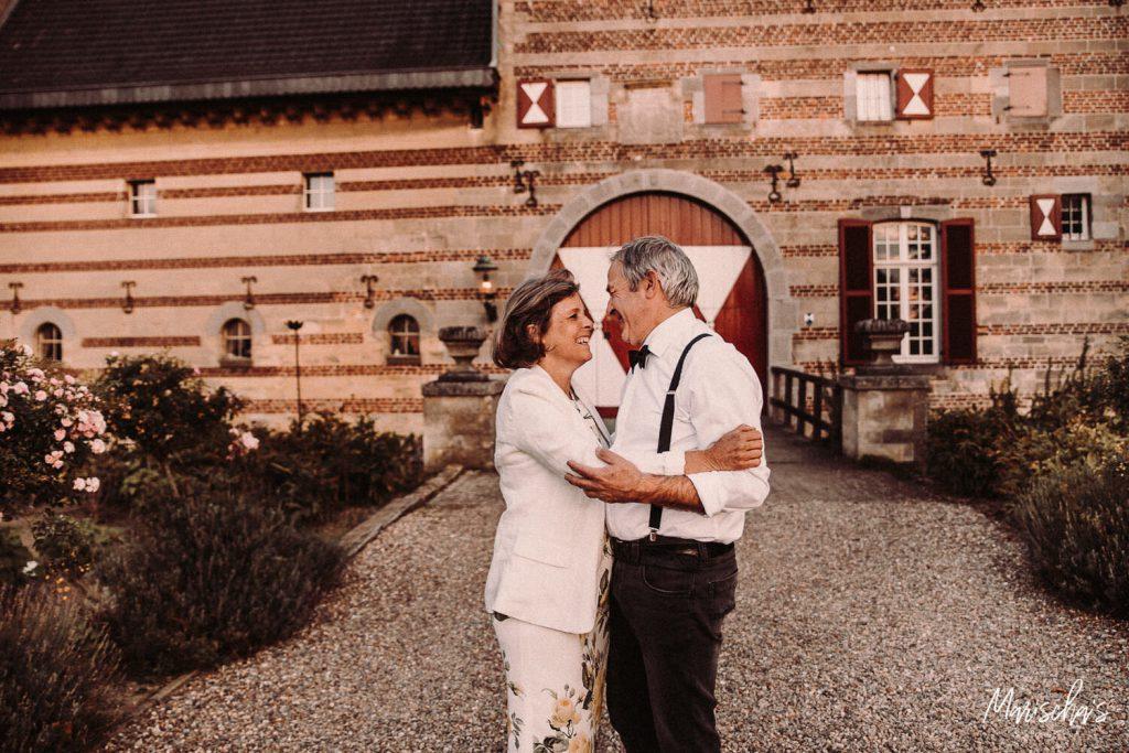 Spontane familie fotoshoot thuis en op een buiten locatie in Limburg bij Sibberhuuske