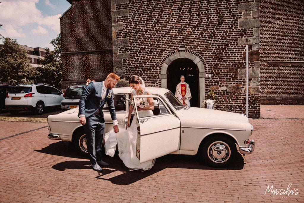 bruidsfotograaf bij een bruiloft bij kasteel erenstein in limburg