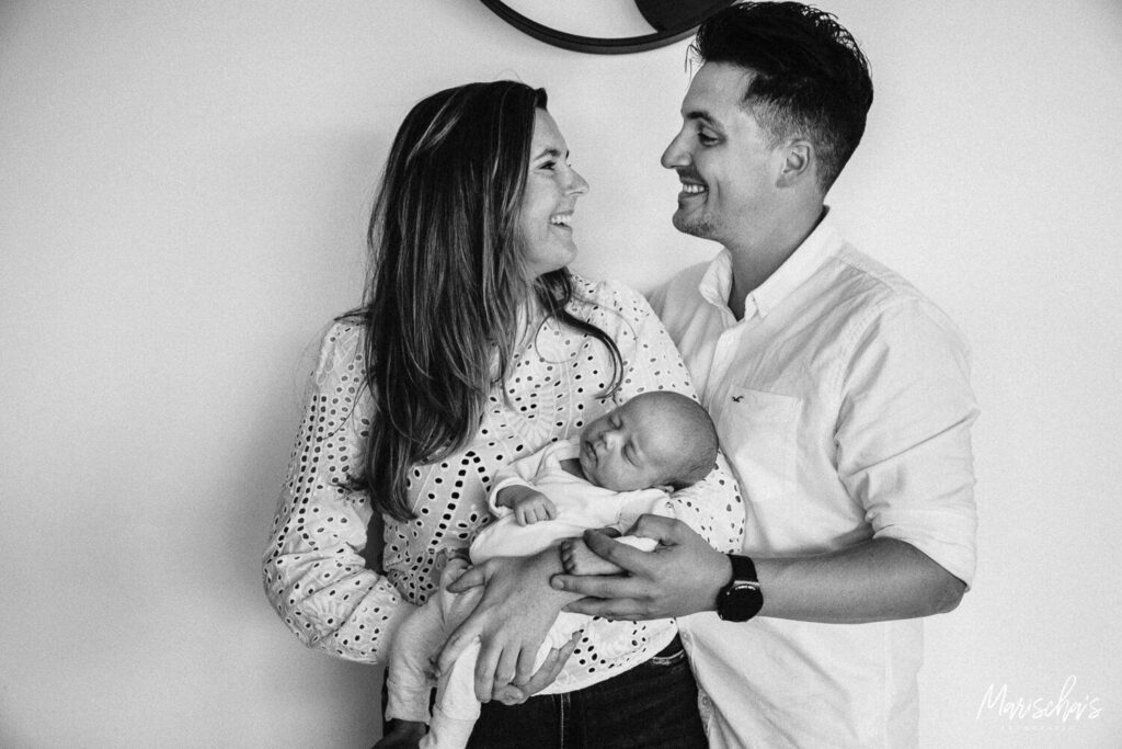 babyfotografie voor een fotoshoot in Belgie limburg